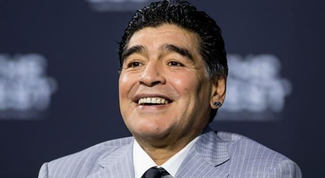 Sociedad Pregunta Trivia: ¿Cuántos hijos reconocidos tiene Diego Armando Maradona?