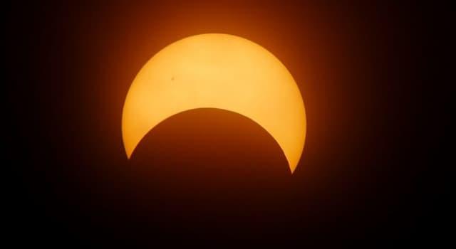Сiencia Pregunta Trivia: ¿Cuántos tipos de eclipses solar existen?