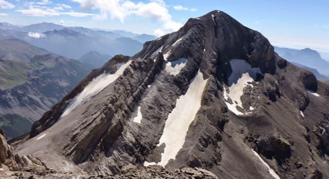 Geografía Pregunta Trivia: ¿Dónde se encuentra el macizo calcáreo más alto de Europa?