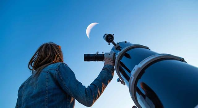 Сiencia Pregunta Trivia: ¿En qué siglo se inventó el primer telescopio?