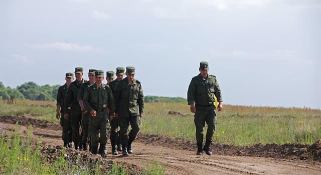 Суспільство Запитання-цікавинка: Як називають територію, на якій відбуваються або можуть потенційно відбуватися військові дії?