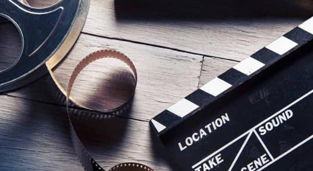Фільми та серіали Запитання-цікавинка: Хто виконав роль Остапа Бендера в «Золотому теляті»?