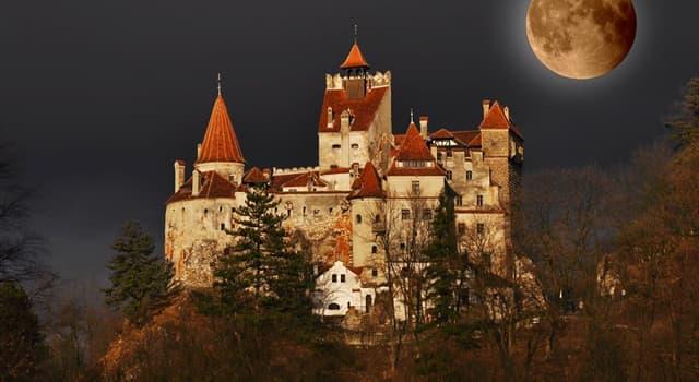 Películas Pregunta Trivia: ¿Qué actor famoso de Hollywood fue enterrado con su propio traje de Drácula?