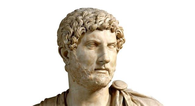 Cultura Pregunta Trivia: ¿Qué escritora francesa convirtió en protagonista de una de sus novelas al emperador Adriano?