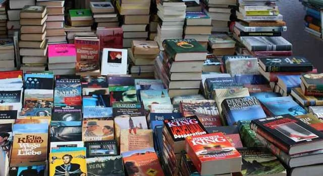 Cultura Pregunta Trivia: ¿Quién es el escritor con más libros publicados?