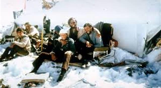 Historia Pregunta Trivia: ¿Quién fue el sobreviviente de la tragedia de los Andes que logró pedir ayuda a un arriero luego de días de marcha sin rumbo?