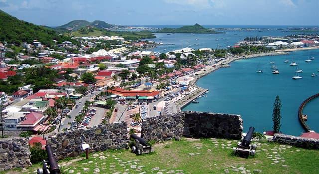 Географія Запитання-цікавинка: Який населений острів є найменшим в світі, одночасно входять до складу двох держав?