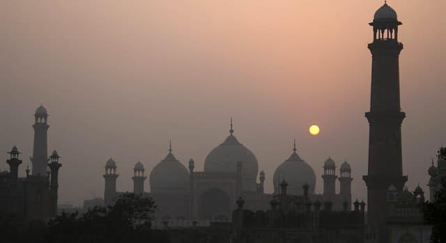 Kultura Pytanie-Ciekawostka: Który jest językiem narodowym Pakistanu?