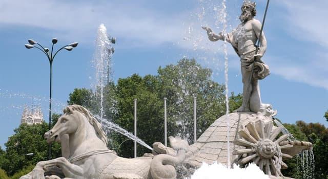 Geografía Pregunta Trivia: ¿Dónde se encuentra la fuente de Neptuno que muestra la imagen?