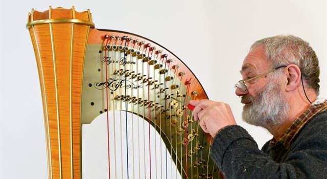 Kultura Pytanie-Ciekawostka: Ile strun ma harfa pedałowa?