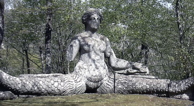 Культура Запитання-цікавинка: Як в давньогрецькій міфології називалася велетенська напівжінка-напівзмія?