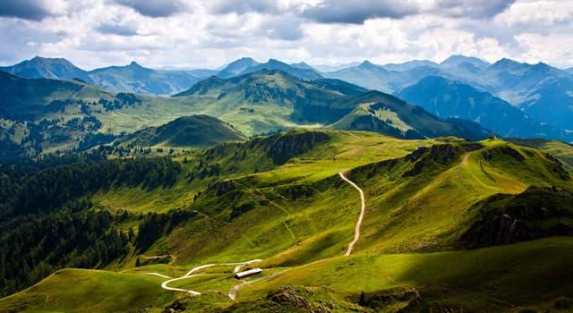 Культура Запитання-цікавинка: Які альпіністи (або який альпініст), першими зійшли з гори не піднімаючись на неї?