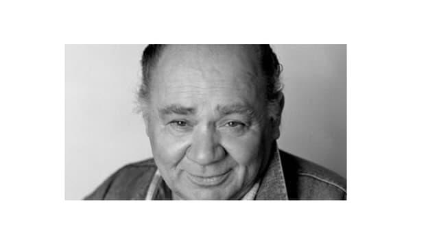 Фільми та серіали Запитання-цікавинка: Якого шекспірівського героя Євген Леонов зіграв у фільмі Ельдара Рязанова?