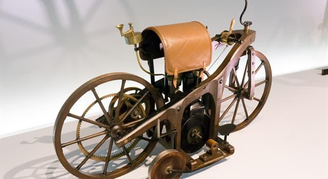 Geschichte Wissensfrage: Wo wurde das weltweit erste mit Verbrennungsmotor angetriebene Motorrad konstruiert?