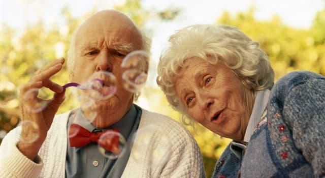 Суспільство Запитання-цікавинка: В якій країні знаходиться місце, де проживає найбільша кількість довгожителів (людей старше 100 років)?