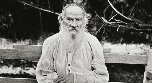Історія Запитання-цікавинка: Одружившись Лев Толстой придбав спорідненість з яким відомим письменником?