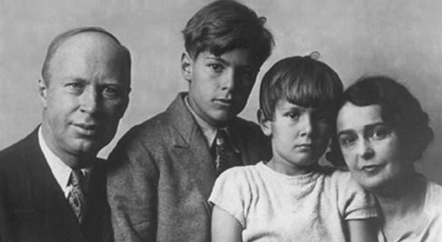 Суспільство Запитання-цікавинка: Хто такий Сергій Сергійович Прокоф'єв?