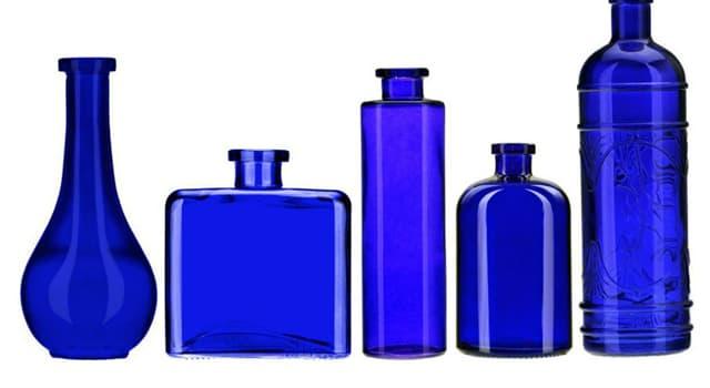 nauka Pytanie-Ciekawostka: Który pierwiastek chemiczny (liczba atomowa - 27) wykorzystywano jako niebieski barwnik?