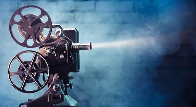 Фільми та серіали Запитання-цікавинка: Хто зіграв головну героїню у фільмі «Сніданок у Тіффані»?