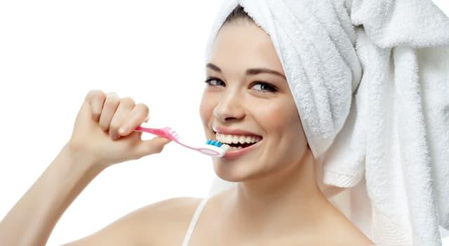 Історія Запитання-цікавинка: Чи правда, що зубна паста раніше приготавливалась на основі крейди?