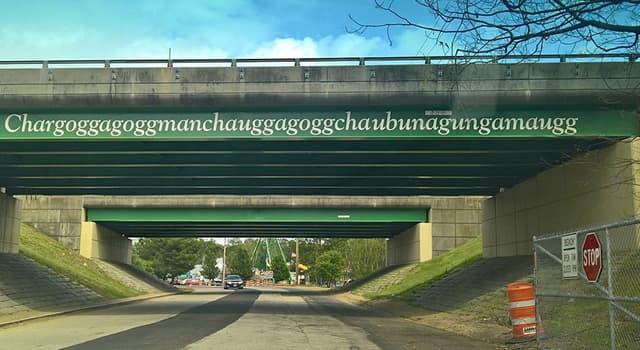 Geografia Pytanie-Ciekawostka: Chargoggagoggmanchauggagoggchaubunagungamaugg, najdłuższa nazwa w Stanach Zjednoczonych, czego?