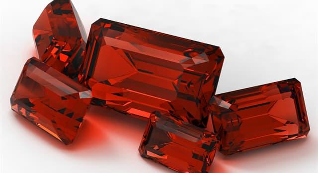 природа Запитання-цікавинка: Який з перерахованих дорогоцінних каменів червоного кольору?