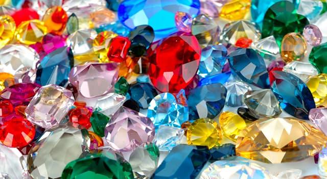 природа Запитання-цікавинка: Який з перерахованих дорогоцінних каменів синього кольору?