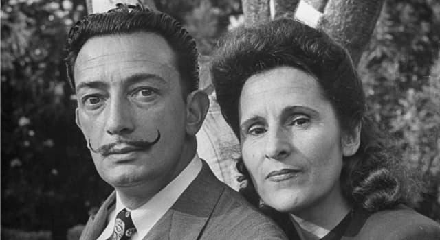 Культура Запитання-цікавинка: Який псевдонім був у дружини Сальвадора Далі Олени Дьяконової?