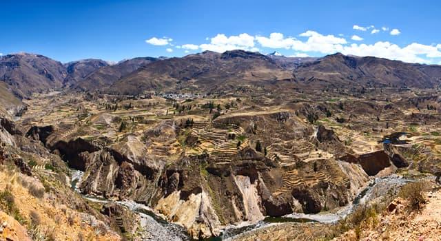 Географія Запитання-цікавинка: В якій країні знаходиться один з найглибших каньйонів світу Колка?