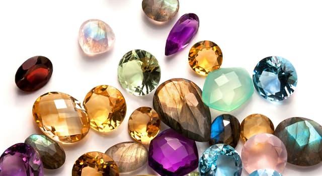 Natur Wissensfrage: Welcher von diesen Edelsteinen hat eine blaue Farbe?