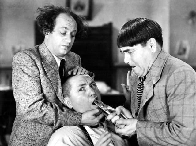 Film & Fernsehen Wissensfrage: Welche TV-Sendung vereinigte solche Schauspieler wie Moe Howard, Larry Fine und Shemp Howard?