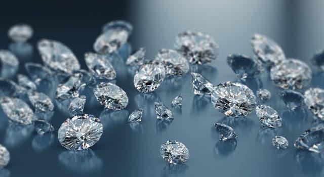 Kultur Wissensfrage: Wie heißt ein 108-karätiger Diamant, der sich heute als Teil der britischen Kronjuwelen im Tower zu London befindet?