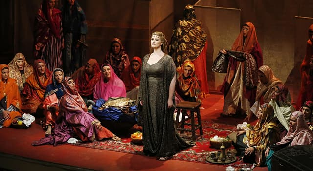 """Kultur Wissensfrage: Wie nennt man die """"erste"""" Sängerin einer Operngesellschaft?"""