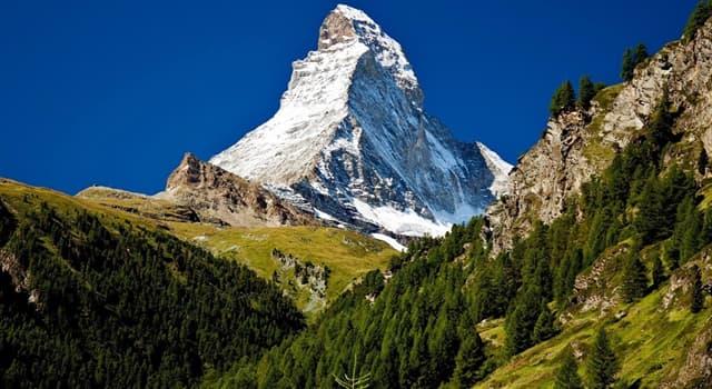 Geographie Wissensfrage: Wo befindet sich einer der höchsten Berge der Alpen das Matterhorn?