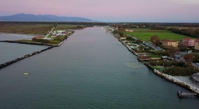 Geografia Pytanie-Ciekawostka: Które miast leży nad rzeką Arno?