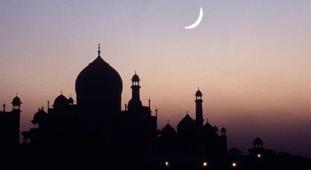 Kultur Wissensfrage: In welchem Jahr, nach christlicher Zeitrechnung, beginnt die islamische Zeitrechnung?