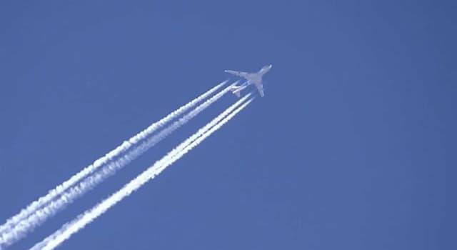 Gesellschaft Wissensfrage: Die Fluggesellschaft Emirates wurde die erste Airline, die an Bord erlaubte ...