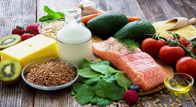 Kultura Pytanie-Ciekawostka: Która metoda gotowania odnosi się do procesu blanszowania żywności?