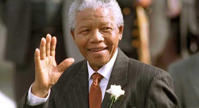 historia Pytanie-Ciekawostka: Ile lat spędził w więzieniu Nelson Mandela po ogłodzeniu wyriku w 1962 roku?