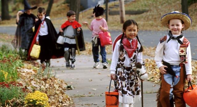 Kultura Pytanie-Ciekawostka: Jak początkowo nazywano Halloween?