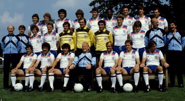 sport Pytanie-Ciekawostka: Kto strzelił wszystkie 5 goli dla Anglii meczu z Cyprem w 1975 roku?