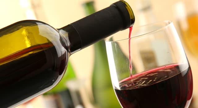 Kultura Pytanie-Ciekawostka: Który mały kraj europejski ma najwyższy stosunek wina wypitego na osobę?