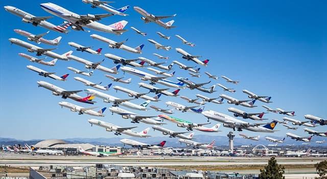 """społeczeństwo Pytanie-Ciekawostka: Który samolot jest również znany jako """"Jumbo Jet""""?"""