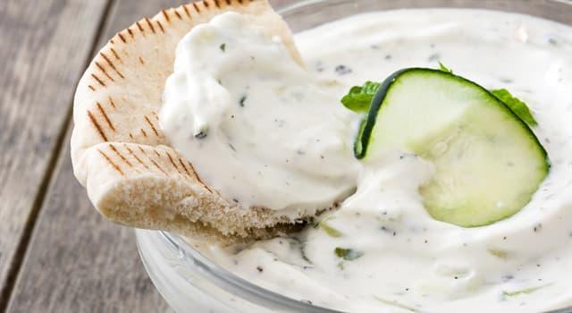 Культура Запитання-цікавинка: Соус-закуска цацики є традиційною стравою якої кухні?