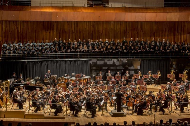 Cultura Pregunta Trivia: ¿En qué orden se colocan habitualmente, sobre el escenario, los instrumentos de una orquesta sinfónica?