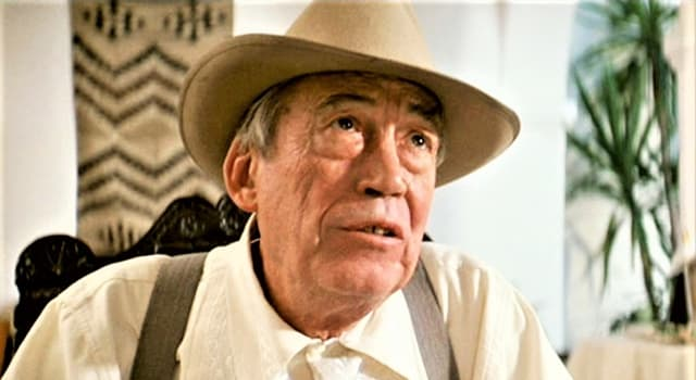 """Filmy Pytanie-Ciekawostka: Jak miał na imię bohater Johna Hustona w filmie """"Chinatown""""?"""