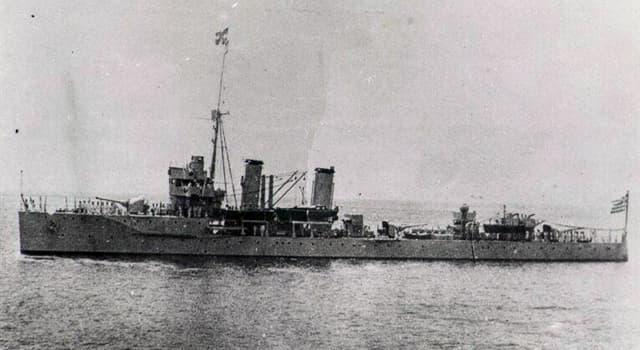 """historia Pytanie-Ciekawostka: Jaki los spotkał grecki wojenny okręt klasy krążownik o nazwie """"Elli""""?"""
