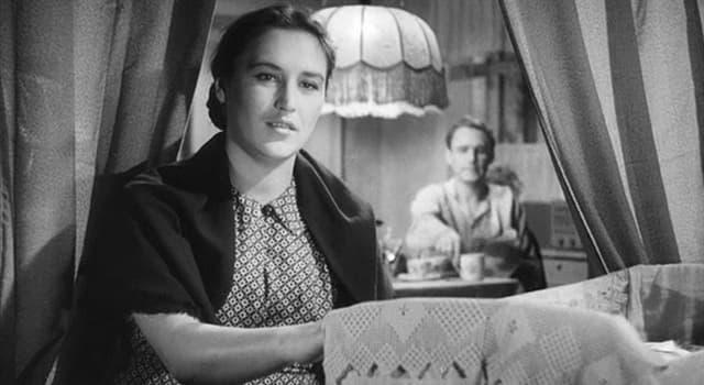 Фільми та серіали Запитання-цікавинка: Яка радянська актриса зображена на фото?