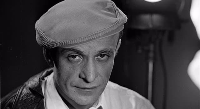 Фільми та серіали Запитання-цікавинка: Хто знявся в головній ролі художнього фільму Ролана Бикова «Опудало»?