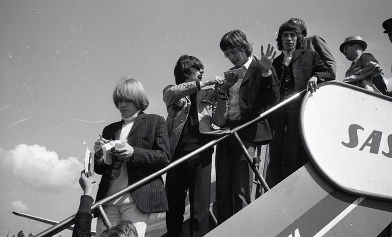 Películas Pregunta Trivia: ¿Qué integrante del grupo The Rolling Stones filmó una película en Australia en 1970?